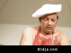 punchy oldman fucks with sexy youthful blond in