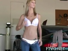 sweetheart fists her girlfriend