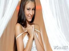 gal posing & masturbating