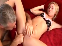 blond copulates her daddy